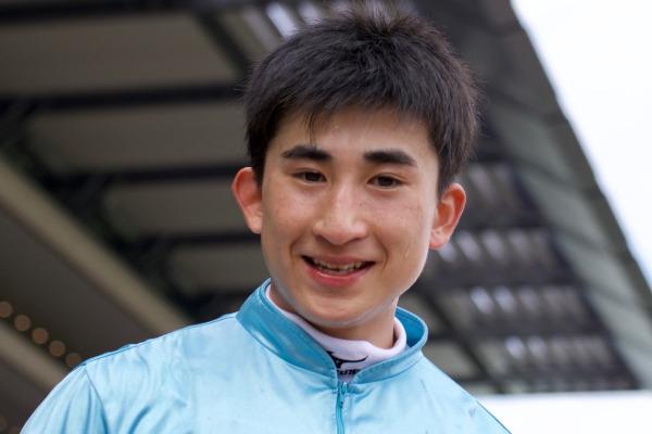 2019年の多摩川ステークスを勝った木幡育也騎手Ⓒ三木俊幸