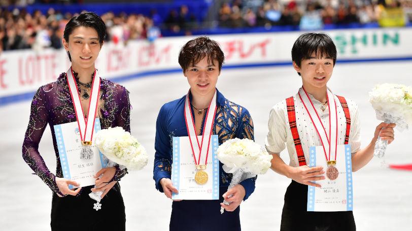 全日本選手権の(左から)羽生結弦、宇野昌磨、鍵山優真Ⓒゲッティイメージズ
