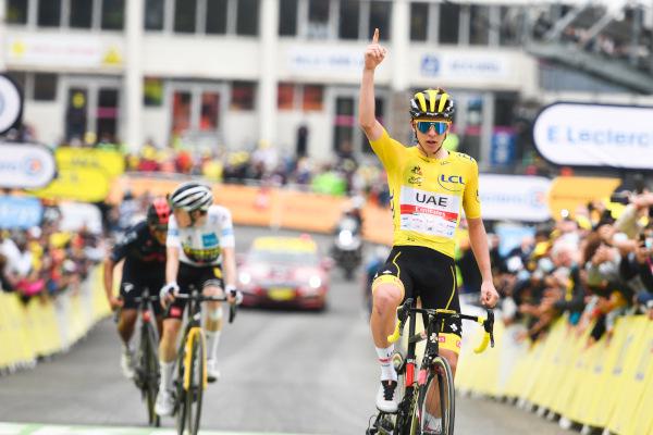 ポガチャルが第18ステージ優勝した瞬間
